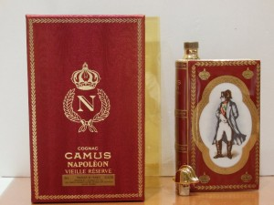 カミュ ブック ナポレオン 赤 700ml